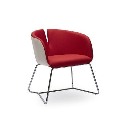 Modern fotel hajlított acél lábakkal, piros - CLODETTE