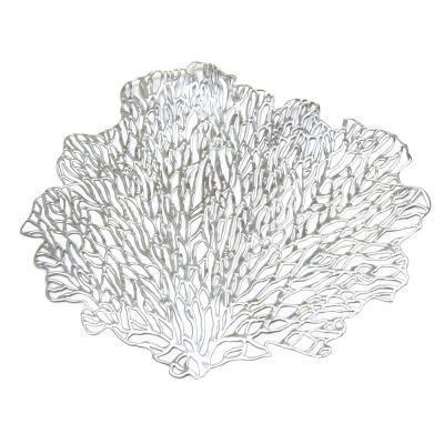 Korall alakú tányéralátét, ezüst - FEUILLE D'ARGENT