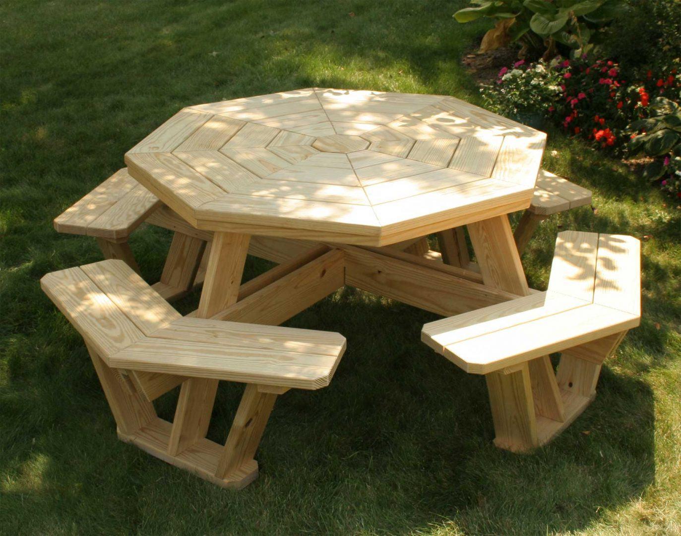 Fenyő kültéri bútor
